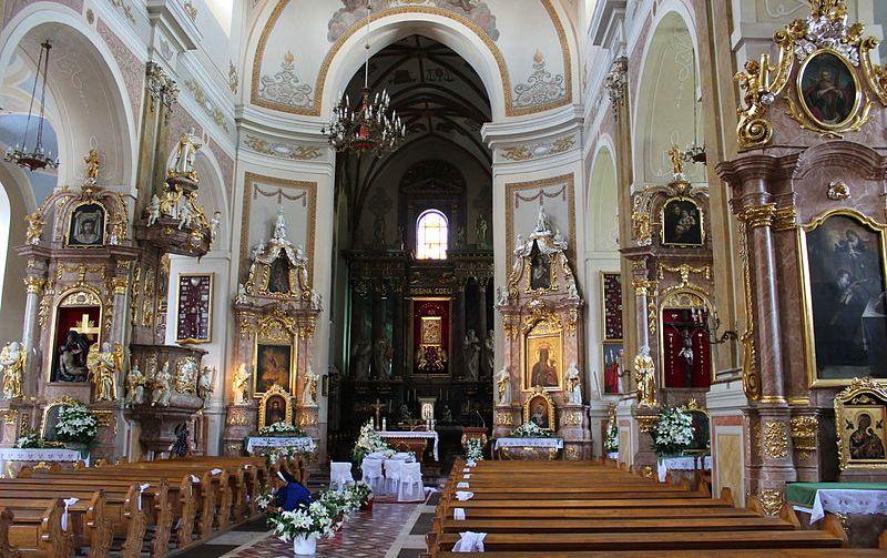 Bazylika w Kaliszu - wnętrze