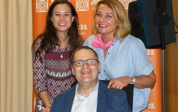 Ks. Marek Chrzanowski FDP. Małgorzata Ostrowska – Królikowska i Aleksandra Posielężna