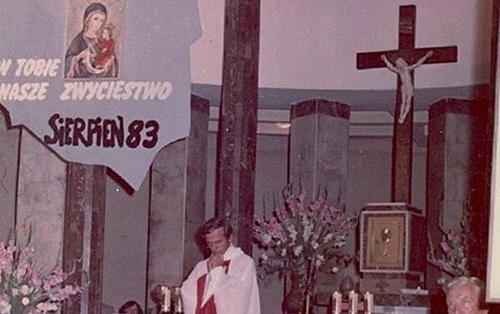 JP_sierpien_1983_M