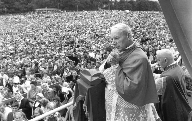 Kardynał Stefan Wyszyński na Jasnej Górze - 1966 roku